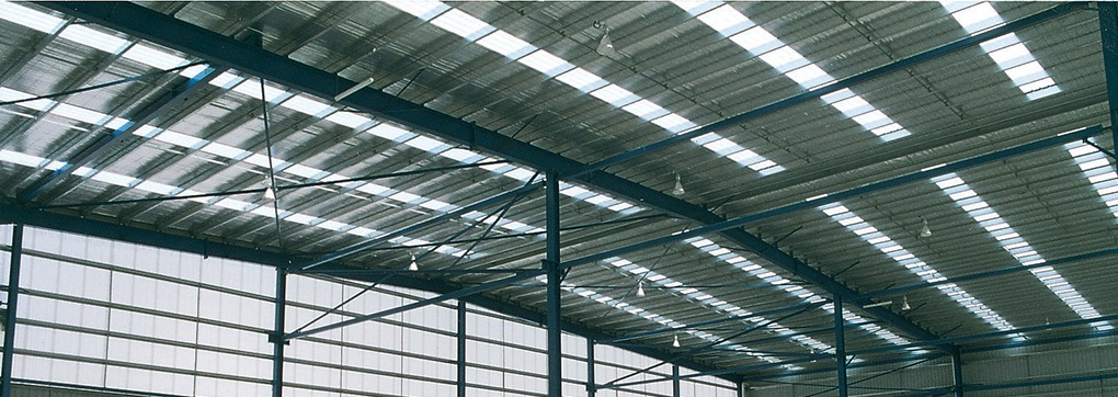 Translucent roof sheeting as skylights in industrial shed